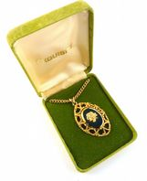 Vintage Rare Boxed Exquisite Gold Rose Pendant And Necklace